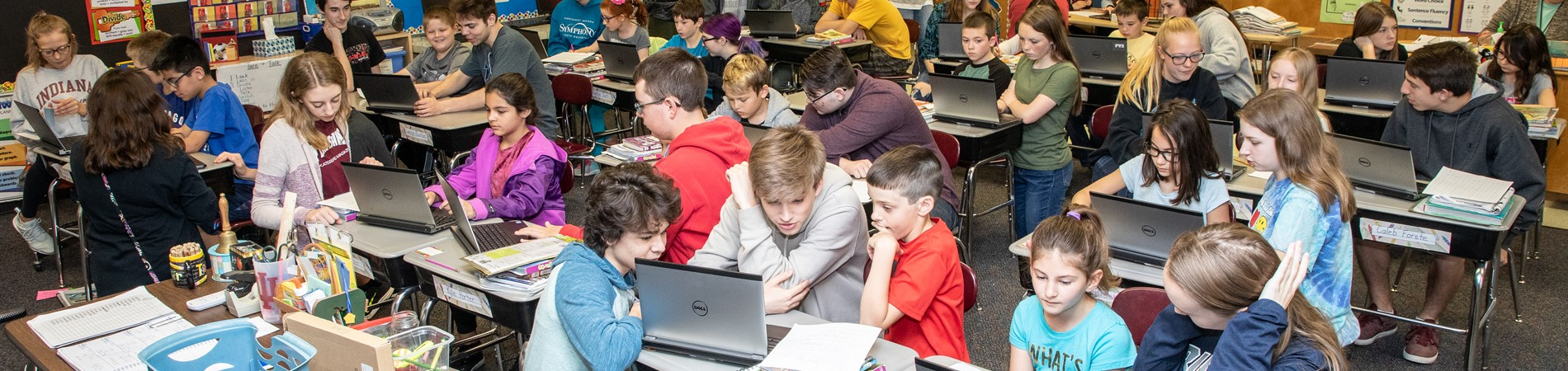 Sophomore English classes helped 3rd grade students learn to research.
